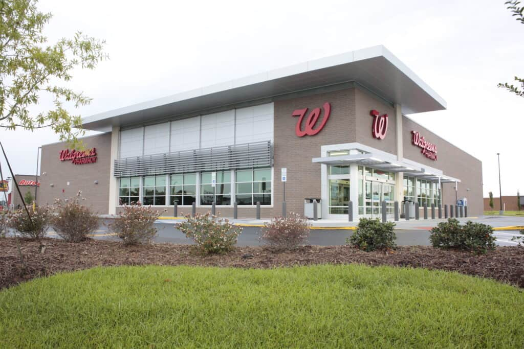 Daytime at Walgreens in Kinston, NC side view of building
